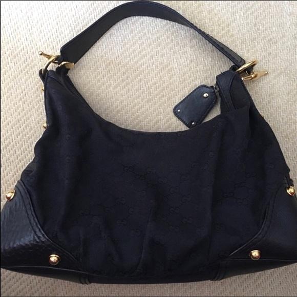 e7b7cc5bef29 Gucci Handbags - Authentic Gucci canvas Hobo